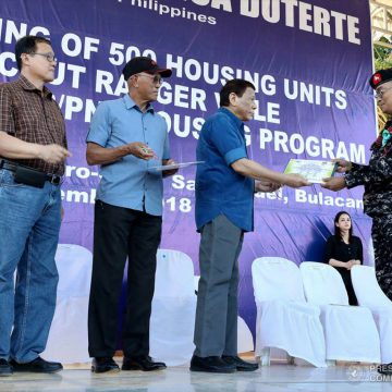 President Duterte awards housing units to Scout Rangers