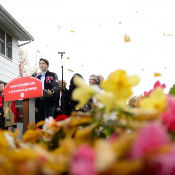 Trudeau, Singh jockey for 'progressive' votes while Scheer fights in Quebec