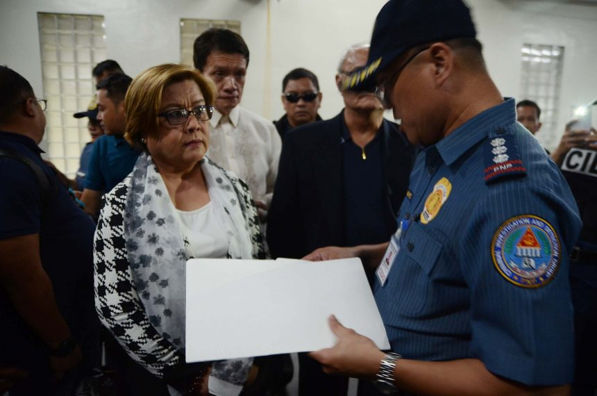 'No basis' to dismiss de Lima's drug case: Department of Justice