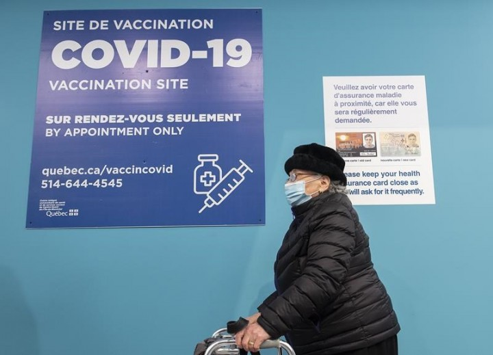 'It's been a good week': Tam hopeful on vaccines as pandemic anniversary nears