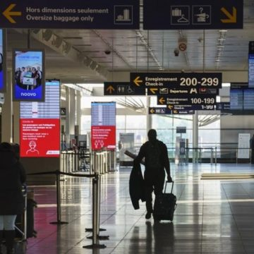 Federal government unlocks $740 million in airport relief