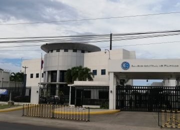 Philippines won't default on foreign debt despite pandemic