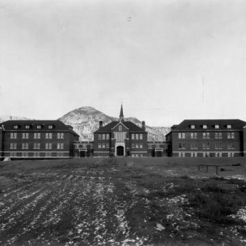 Most Canadians say church to blame for residential-school tragedies: poll