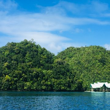 Vogue Paris lists Philippines' Siargao among top islands 'to go on holiday'